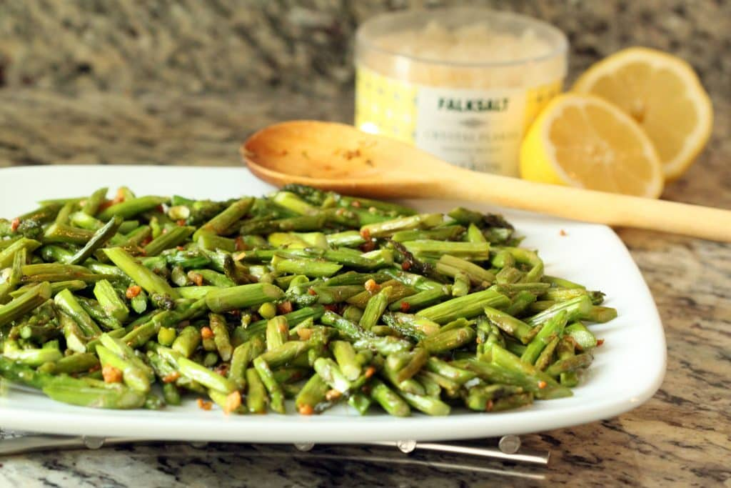 Garlic and Asparagus Sauteed with Citron Salt
