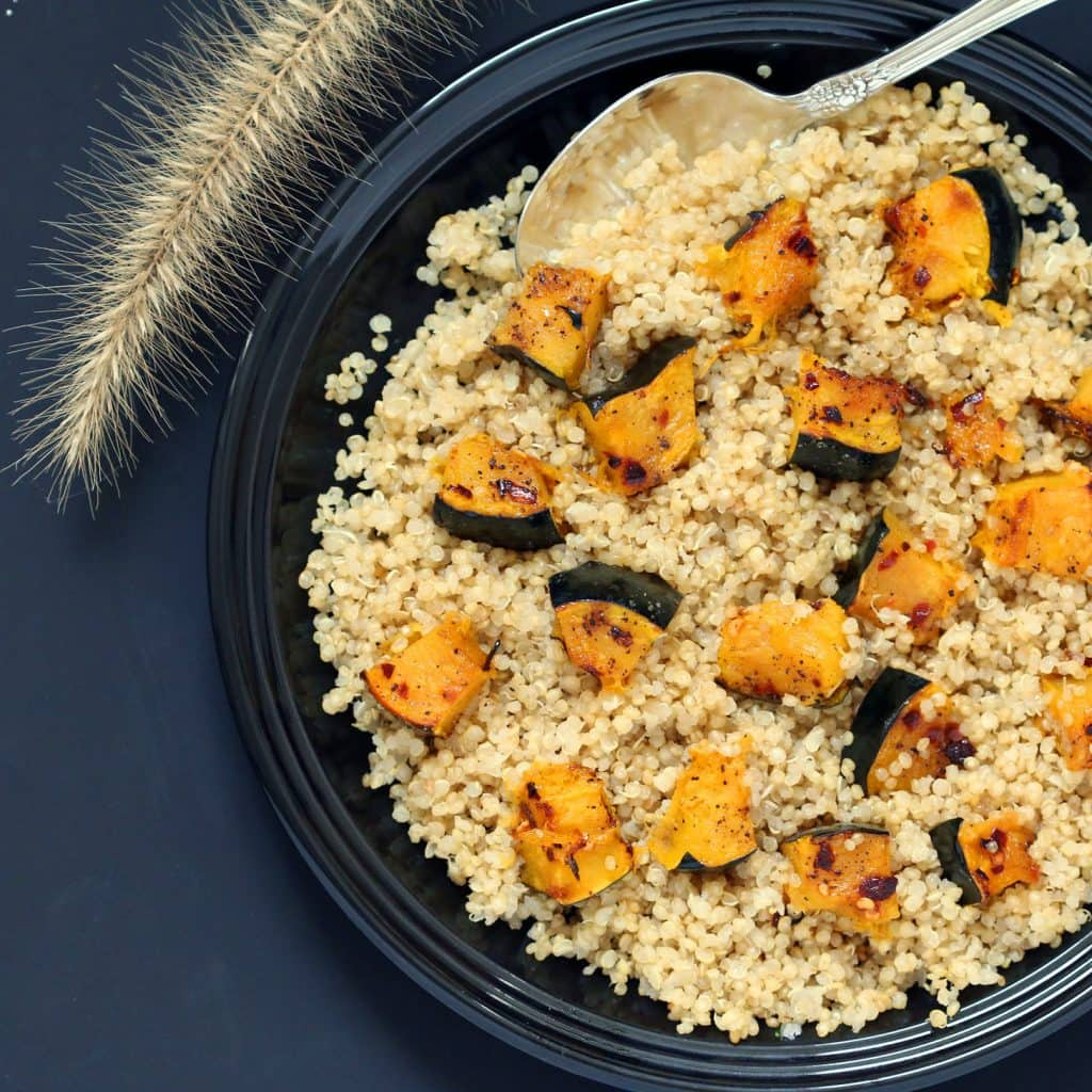 Spicy Acorn Squash With Garlic Infused Quinoa (Gluten-Free, Vegan / Plant-Based, Easy)