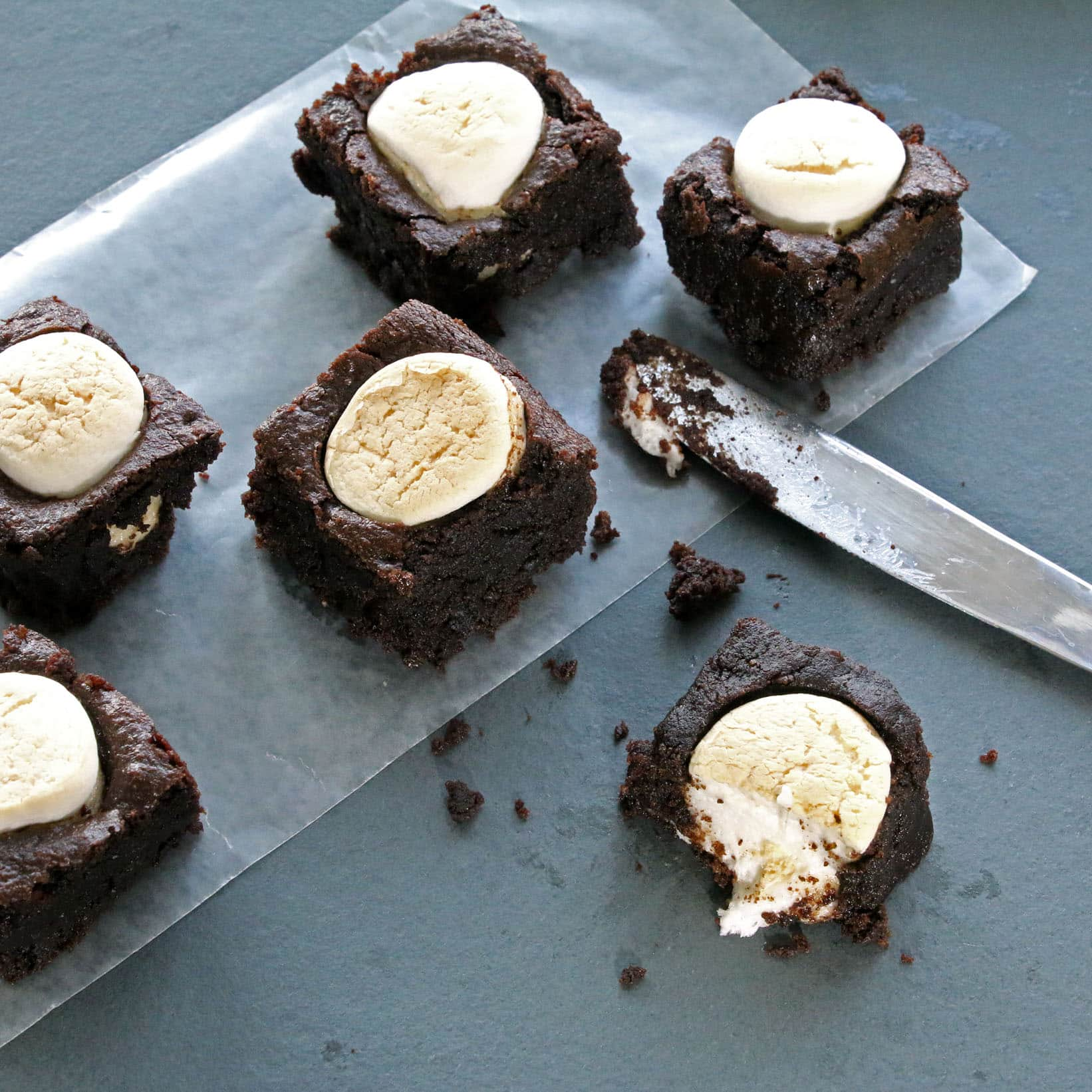 Recipe: Toasted Marshmallow Brownies (Gluten-free, Bean-free, Vegan / Plant-Based, Refined Sugar-free)