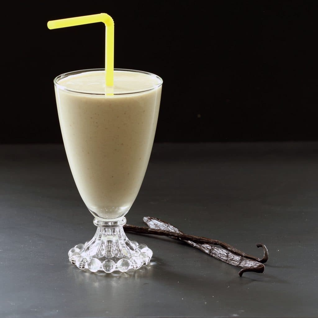 Toasted Marshmallow Vegan Smoothie - Straw Showing Thickness of Smoothie