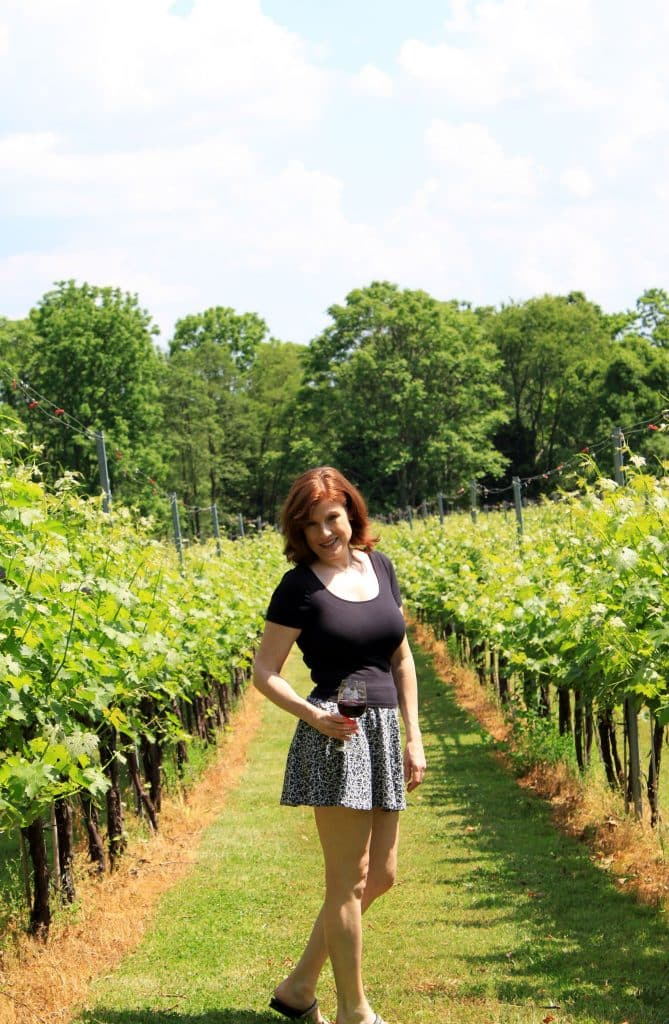 Winery at La Grange - Jana in Vineyard