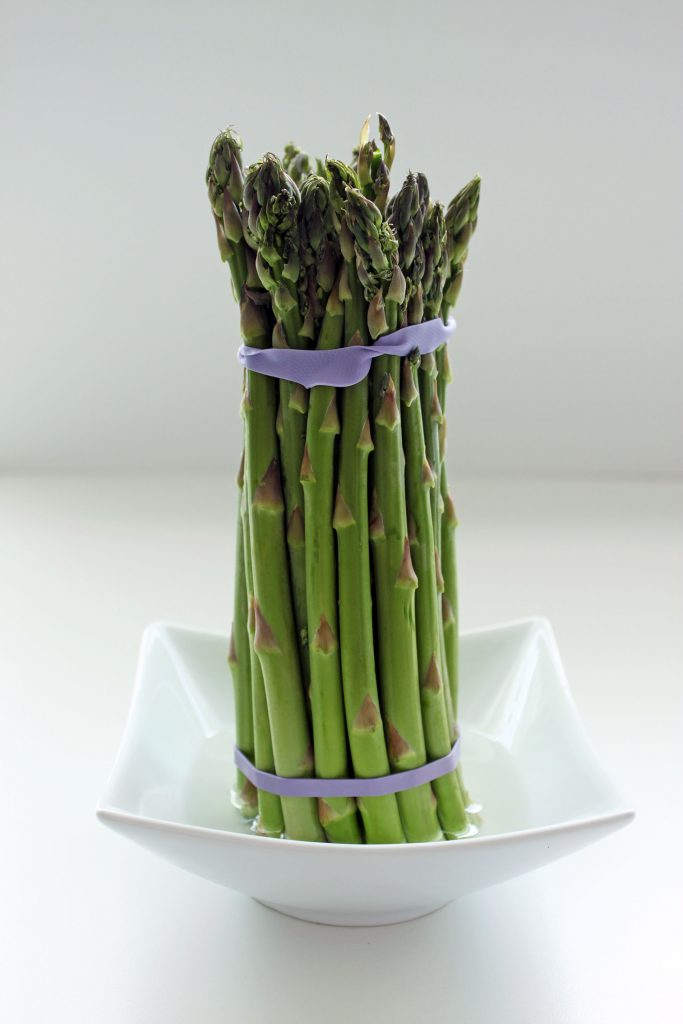 Curried Asparagus and Chickpeas - Asparagus in Water