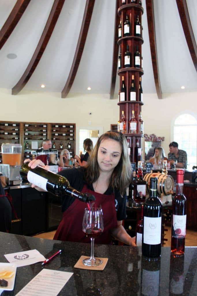 Morais Vineyards & Winery - Ashton Pouring