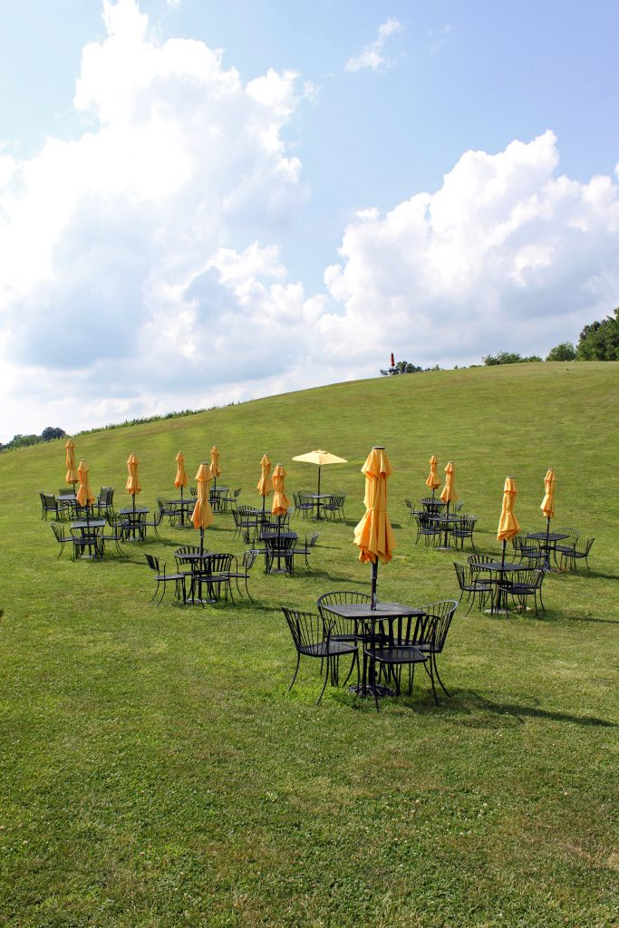 Three Fox Vineyards - Hillside Tables
