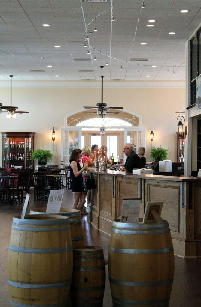 Breaux Vineyards - Tasting Bar