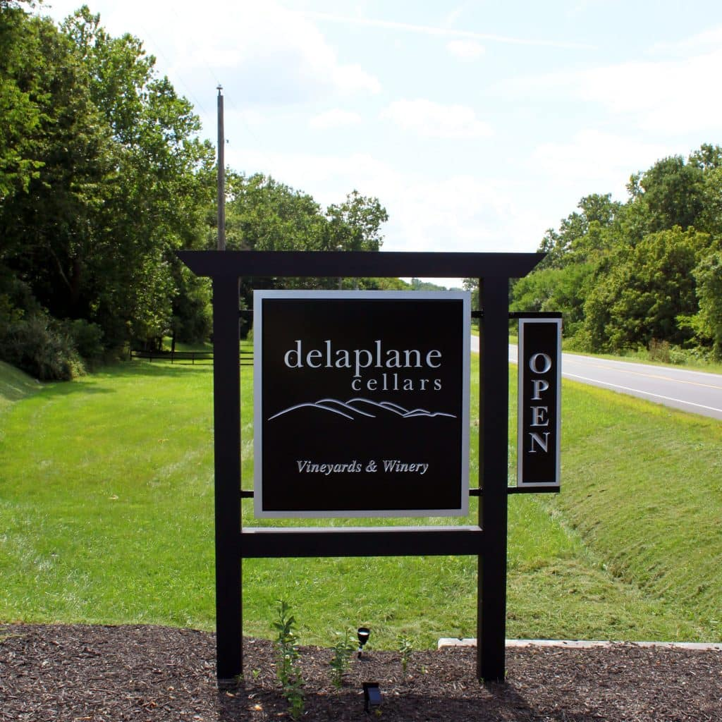 Delaplane Cellars Welcome Sign