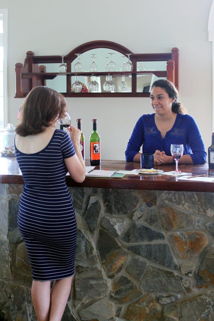 Molon Lave Vineyards - Jana and Leah Discussing