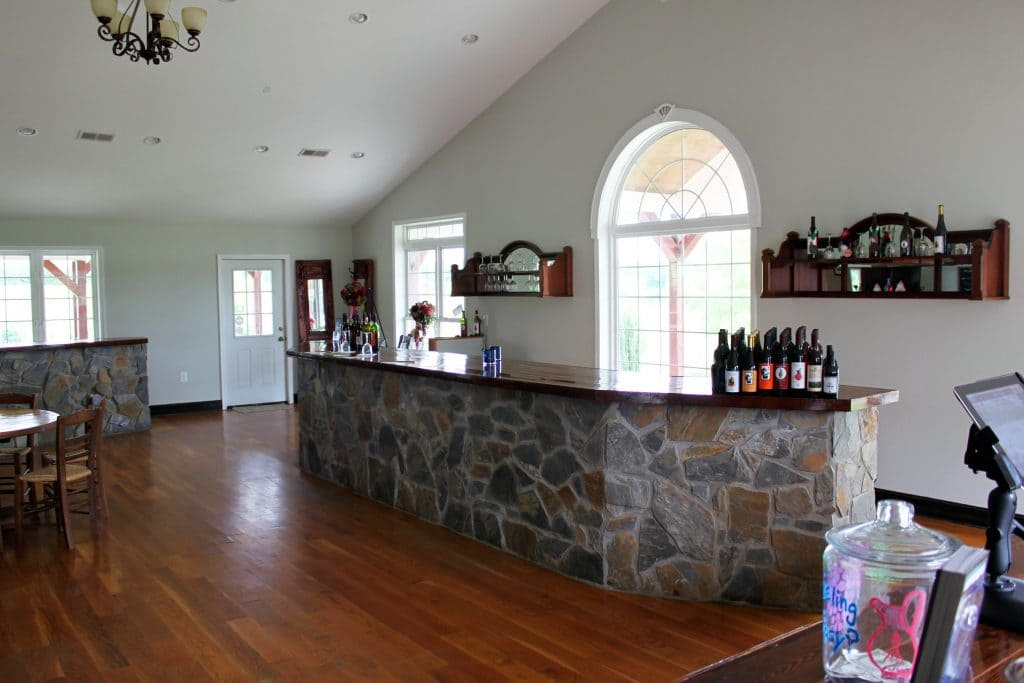 Molon Lave Vineyards - Main Tasting Bar