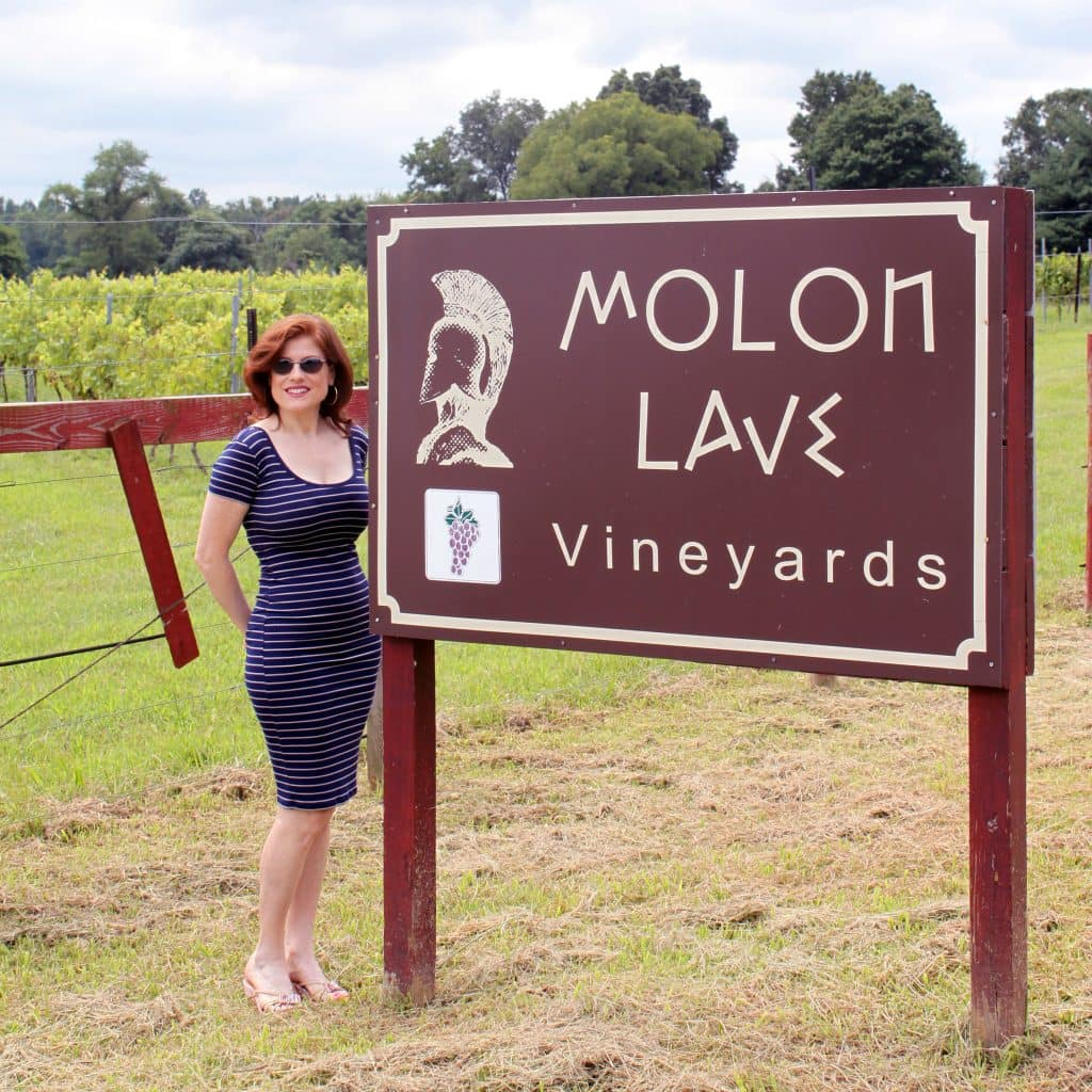 Molon Lave Vineyards - Sign