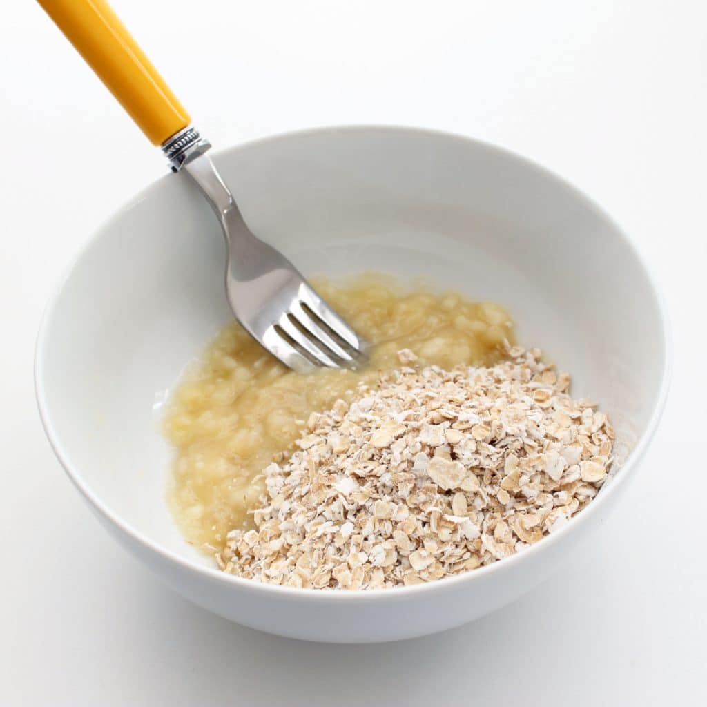 Mashed Banana with Gluten-free Oatmeal