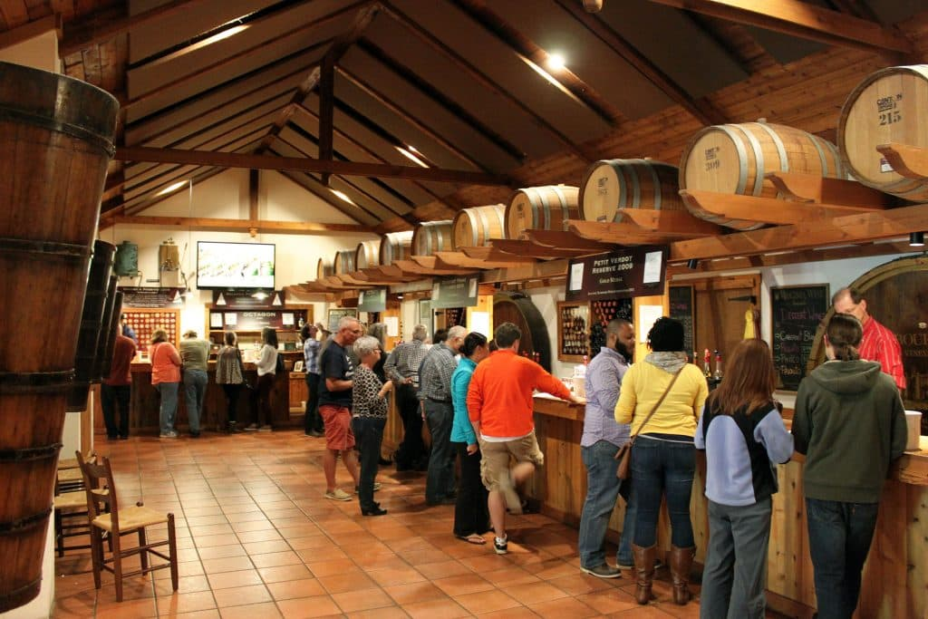 Barboursville Vineyards - Tasting Bar