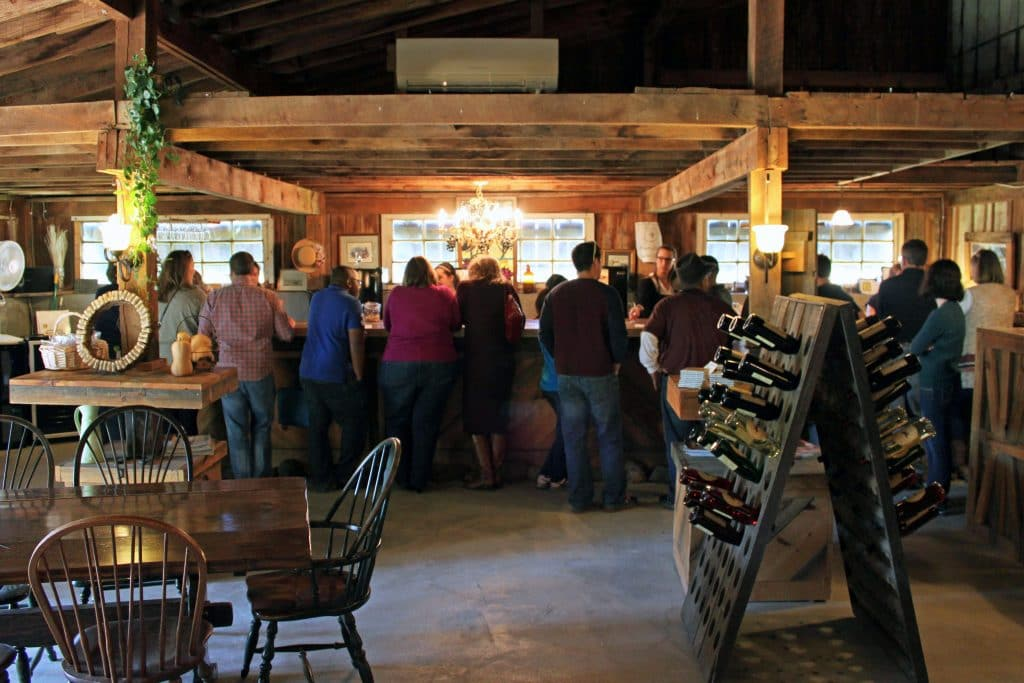 Aspen Dale Winery at the Barn - Tasting Bar