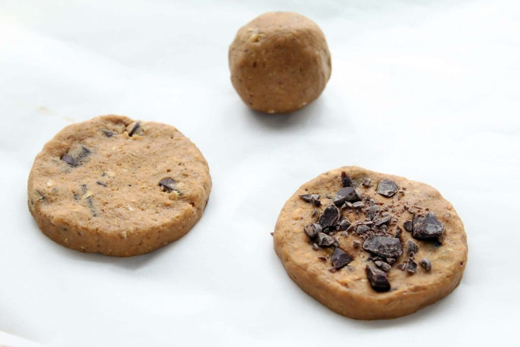 Ultimate Chocolate Chip Cookies - Cookie Steps